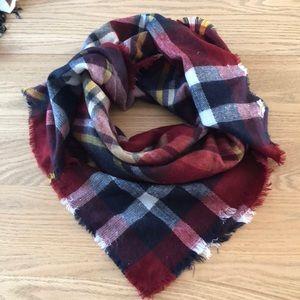 Square Zara scarf